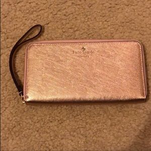 Kate Spade ♠️ Rose Gold Wallet NEW